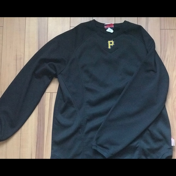 huge discount b8f48 89ab2 Men's Majestic Black Pittsburgh Pirates Pullover